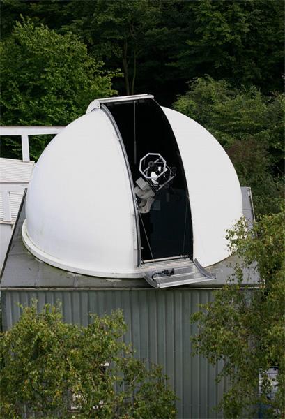 Kuppel mit Fernrohr (Foto: Marcel Klein)